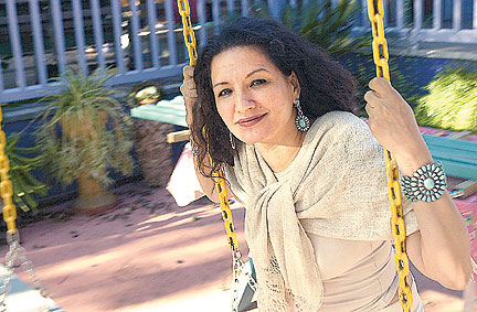 a report on sandra cisneross the storyteller Sandra cisneros as chicana storyteller: fictional family (hi)stories in  (6)  reflects the overall tone of machismo as discussed in this paper.